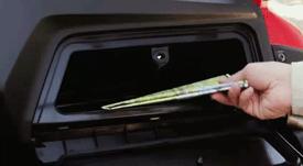 2014-honda-pioneer-glovebox
