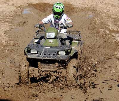 used-atv-4-wheelers-mud